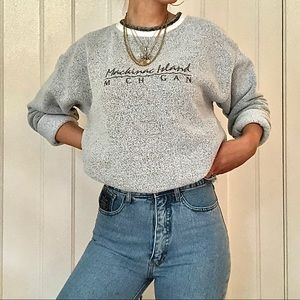 VINTAGE MACKINAC ISLAND TEDDY CREW NECK